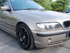 2004 BMW E46 330i