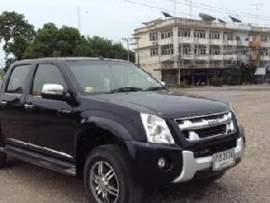รถอีซูซุ Hilander 2011