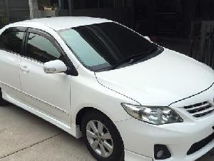 Toyota Altis CNG 1.6E สีขาว ปี 2010